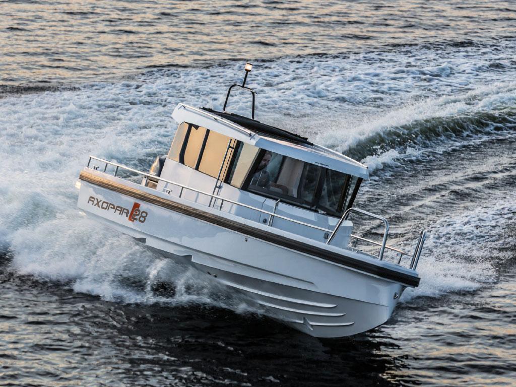 Axopar 28 AC - Pacific Yachting